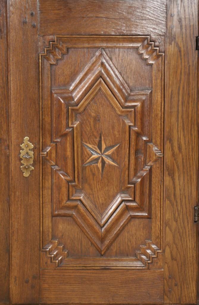 anrichten sterne antiquit ten frede in m nster restaurierung antiker m bel. Black Bedroom Furniture Sets. Home Design Ideas