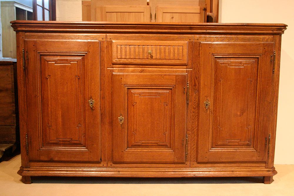 anrichte niederrhein antiquit ten frede in m nster restaurierung antiker m bel. Black Bedroom Furniture Sets. Home Design Ideas