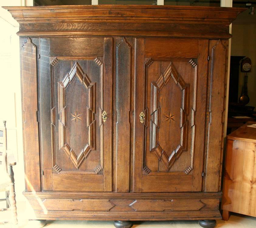 barockschrank eiche antiquit ten frede in m nster restaurierung antiker m bel. Black Bedroom Furniture Sets. Home Design Ideas